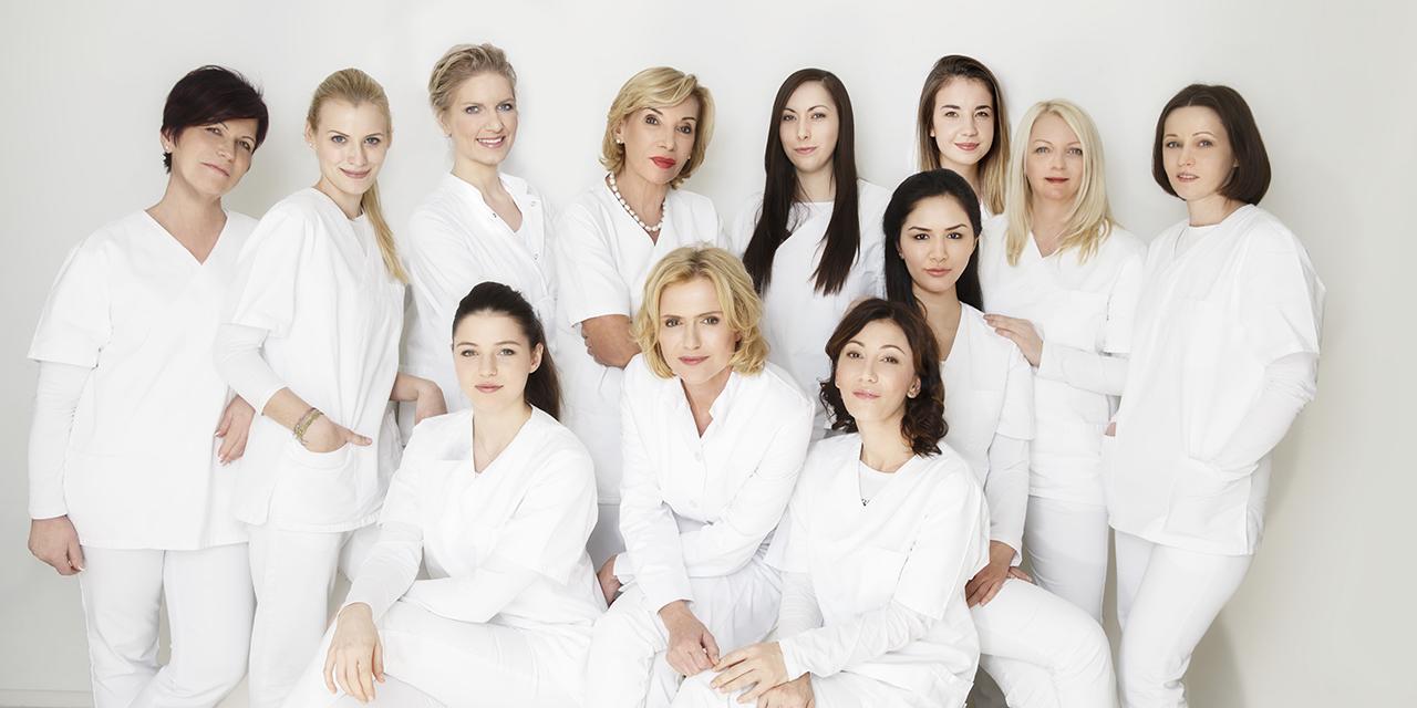 Gruppenfoto Team Dr. Wegrostek