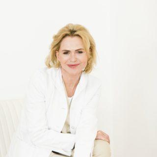 Dr. Eva Wegrostek